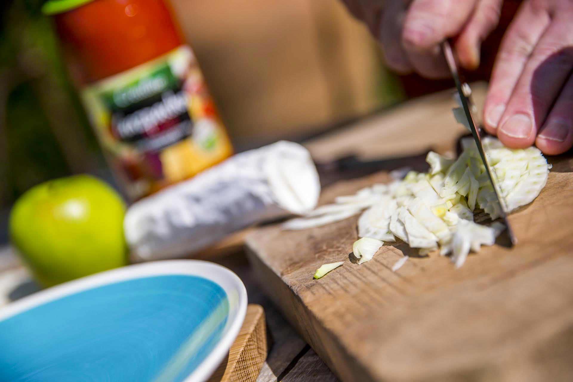 Créaline recette estivale gaspacho rubis au fromage de chèvre, fenouil et pomme croquante