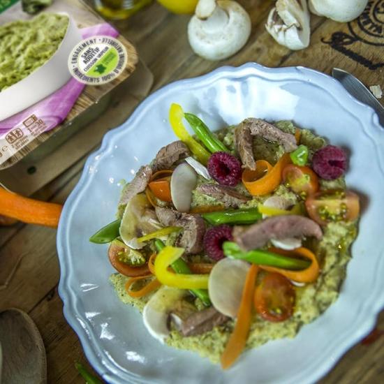 Une savoureuse recette Créaline : purée de brocolis et effilés de canard