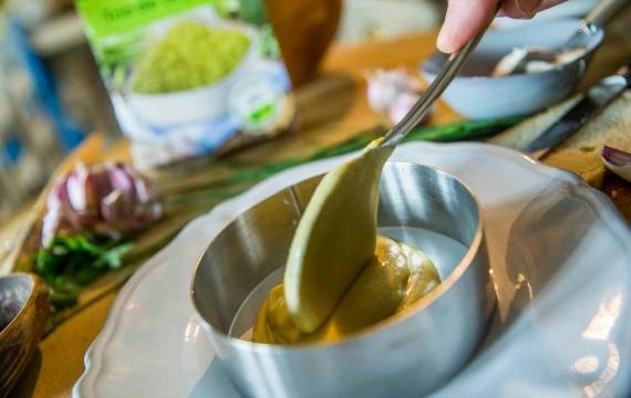 Créaline recette végétarienne : crémeux de légumes verts au chou rouge