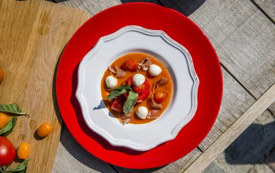 Recette rafraîchissante Gazpacho mozarrella et jambon de pays